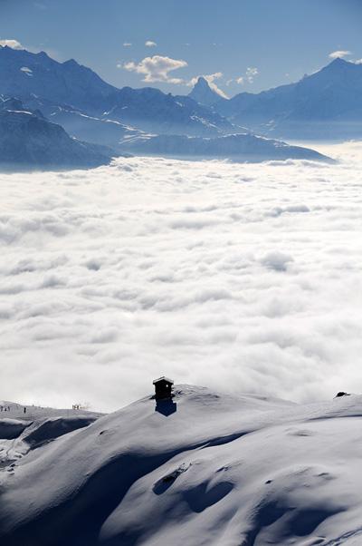 Nebelmeer über der Bettmeralp